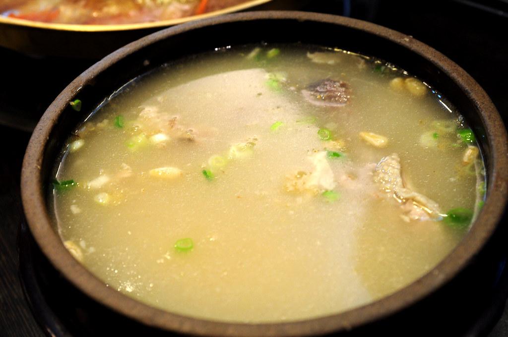 慶州館-人參雞湯