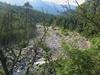 Rive gauche : la rivière de Sainte-Lucie devenant le Cavu en amont du pont de Marion