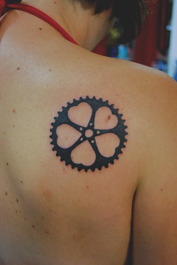 Velolove - chainring of hearts tattoo