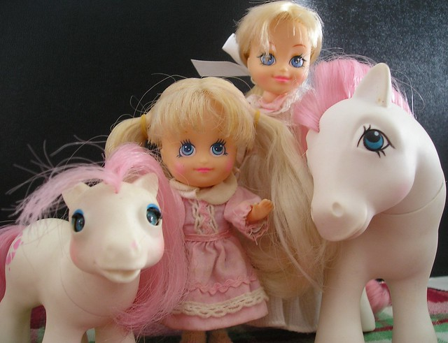 365 Toy Project- Day 8- My Little Pony Family Portrait