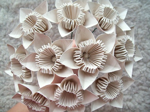 Paper bouquet, take 3.2