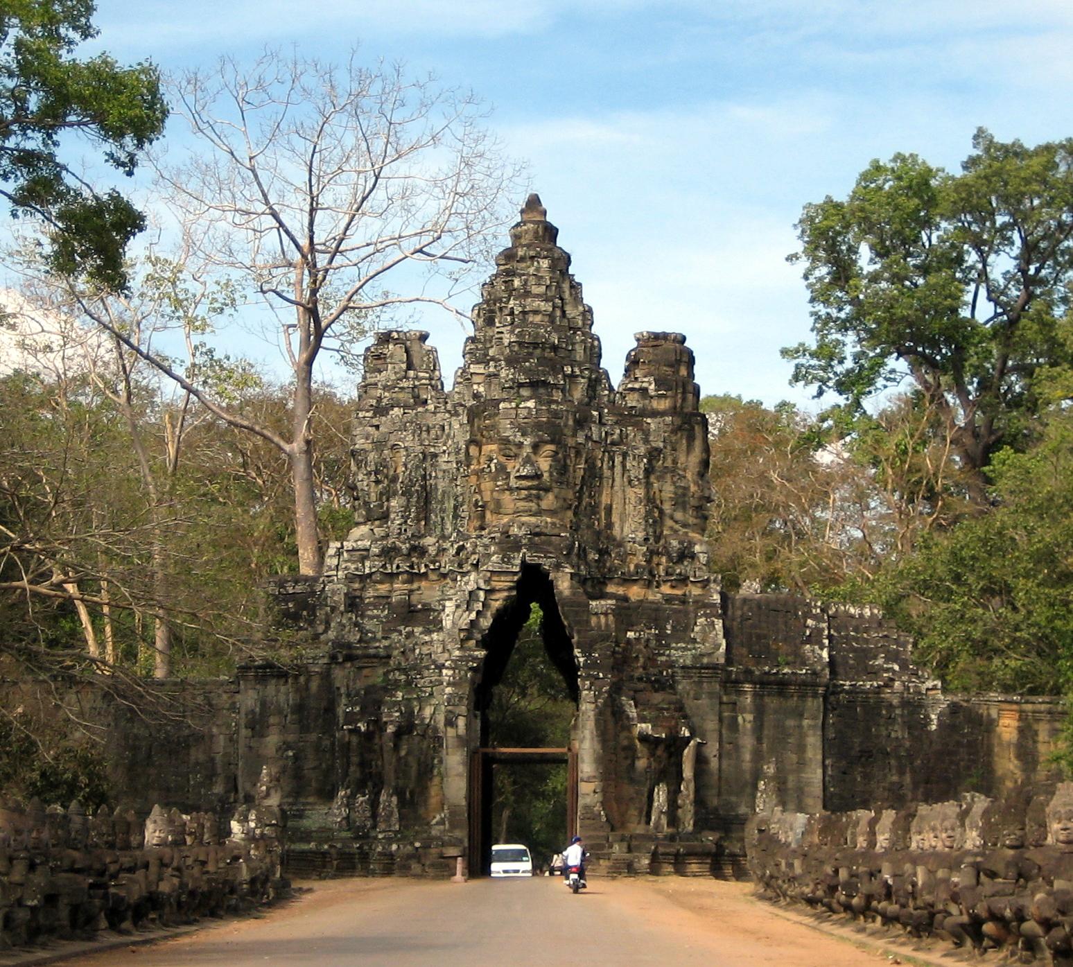 2009-01.1556 | Angkor Wat, Cambodia.