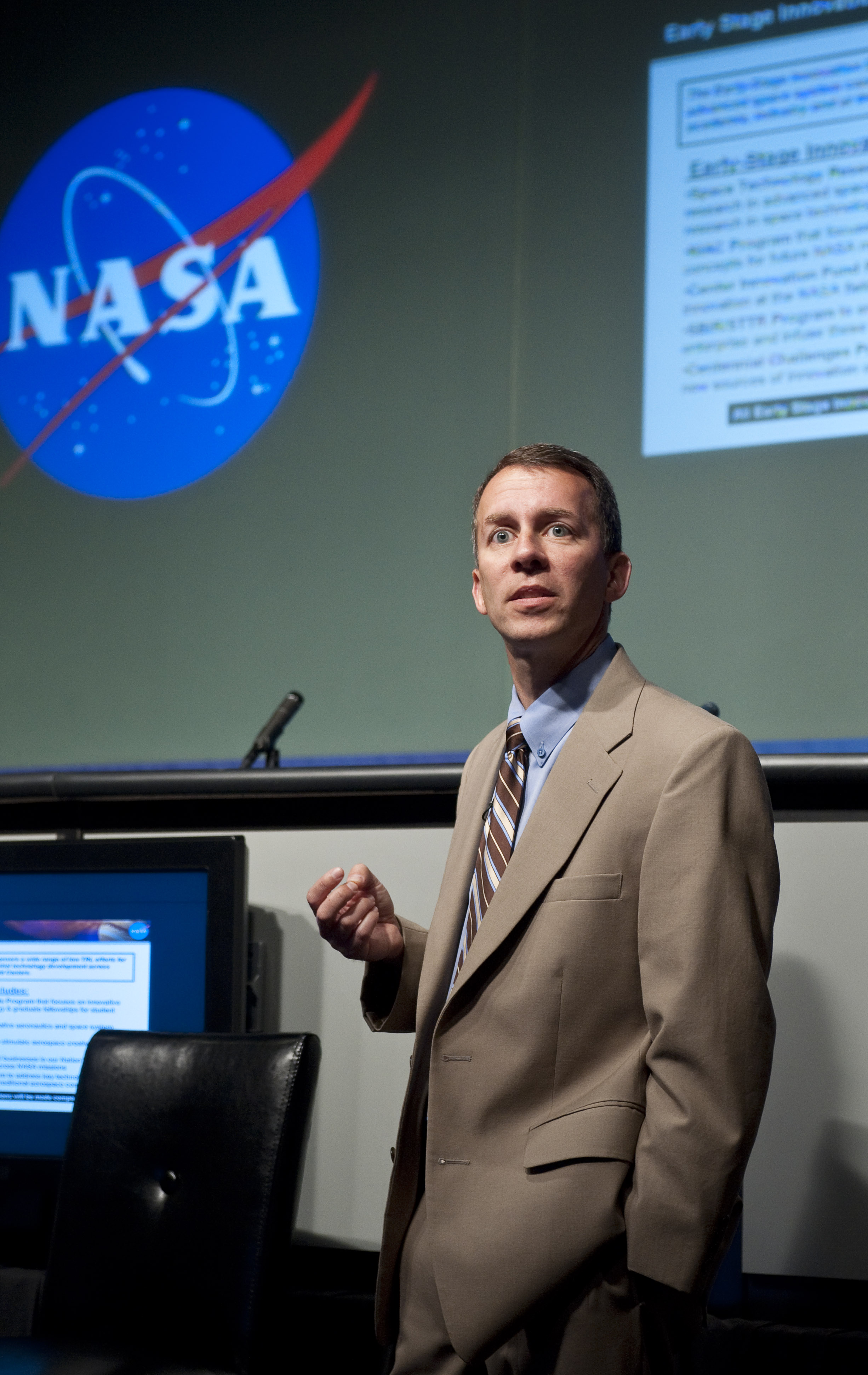 NASA Chief Technologist Hosts Town Hall (201005250003HQ ...