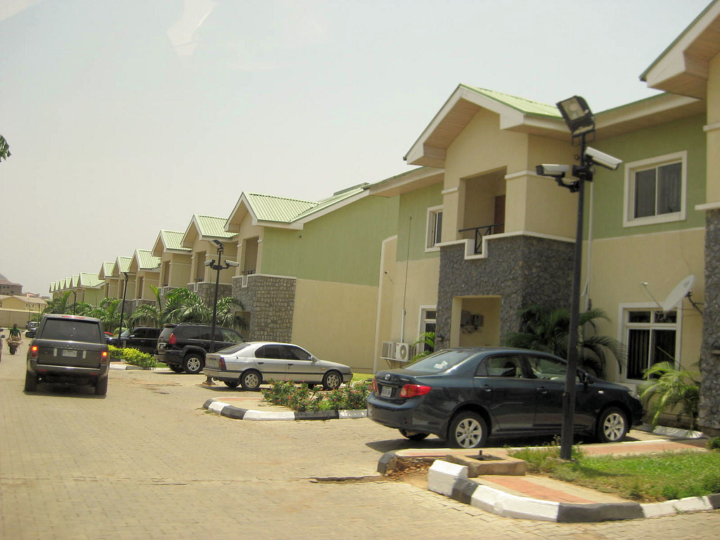 Pictures of nigeria show us nigeria through your for Nigeria houses pictures