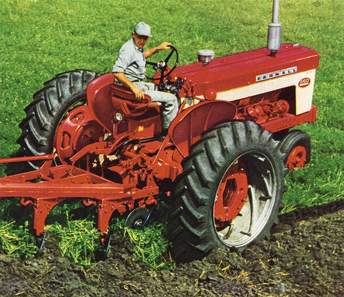 Farmall 560 Tractor : Tractor of the week farmall international