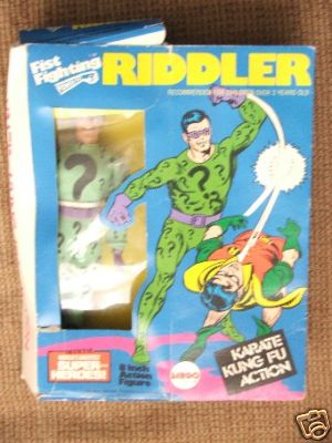 8_riddler_fistfighting