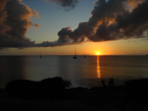 blue sunset orange cloud sun sailboat shore bahamas eleuthera governorsharbor
