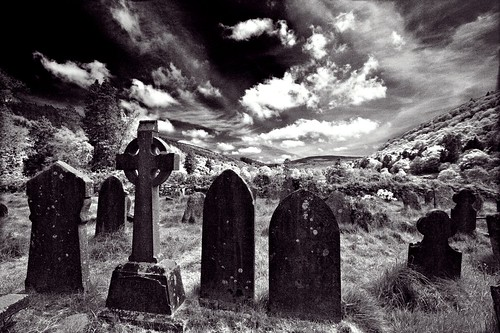 ireland dublin cemetery grave graveyard canon cross headstone graves celtic hdr 40d hbppix