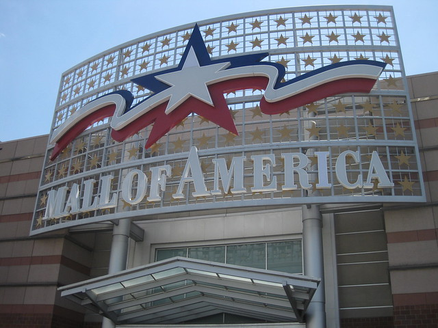 Mall of America Signage