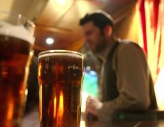 Au pub 1