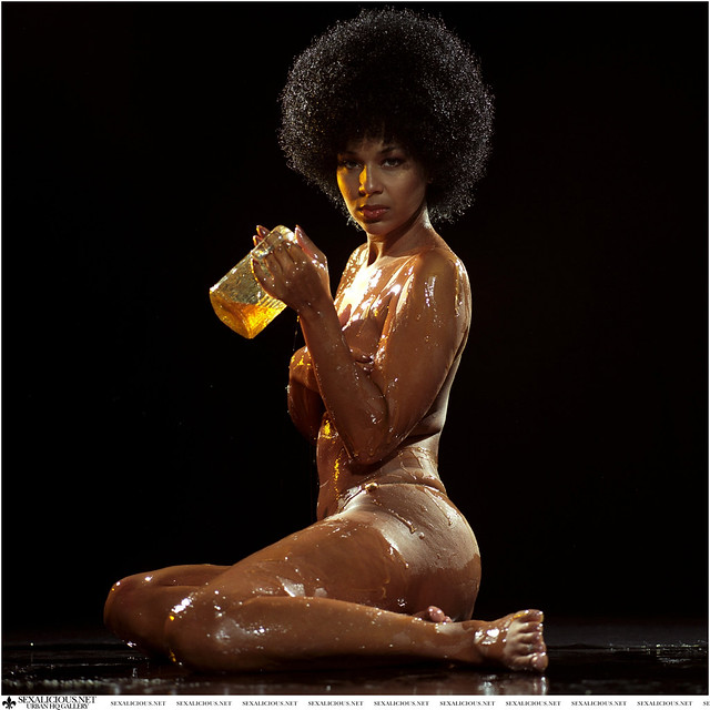 Lisa Raye Body http://www.flickr.com/photos/7487101@N05/3474725973/