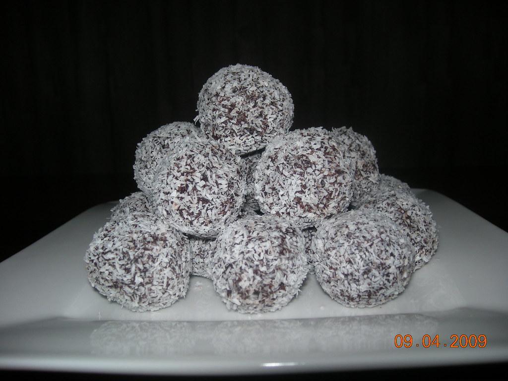 Rum Balls Using Cake Crumbs