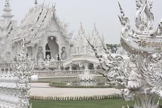 Chiang Rai - White Temple - La Luna