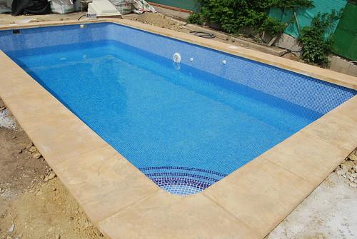 Piscinas callosa piscinas callosa for Constructores de piscinas