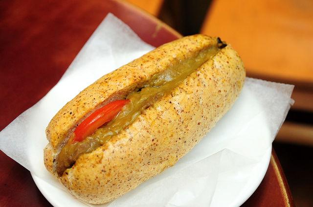 星巴克2009新菜色-咖哩牛肉三明治