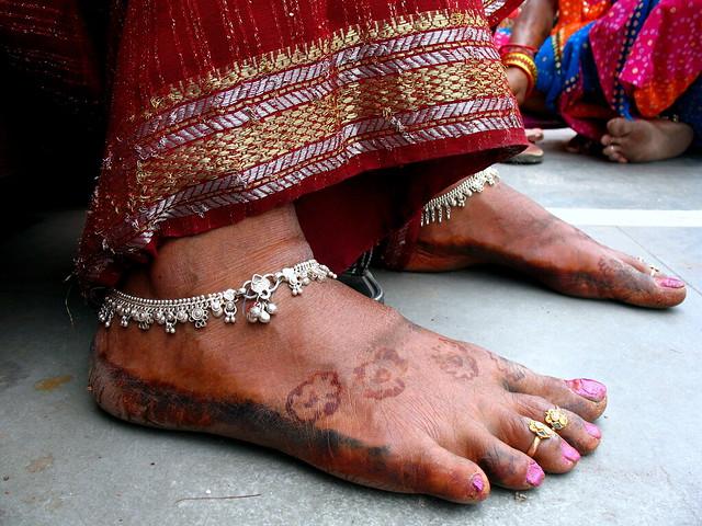 Mehndi For Gangaur : Payals of a gangauri flickr photo sharing