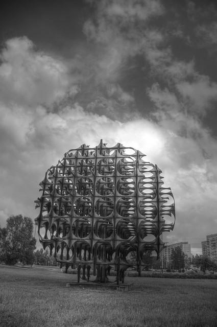 Sphere at Retkinia