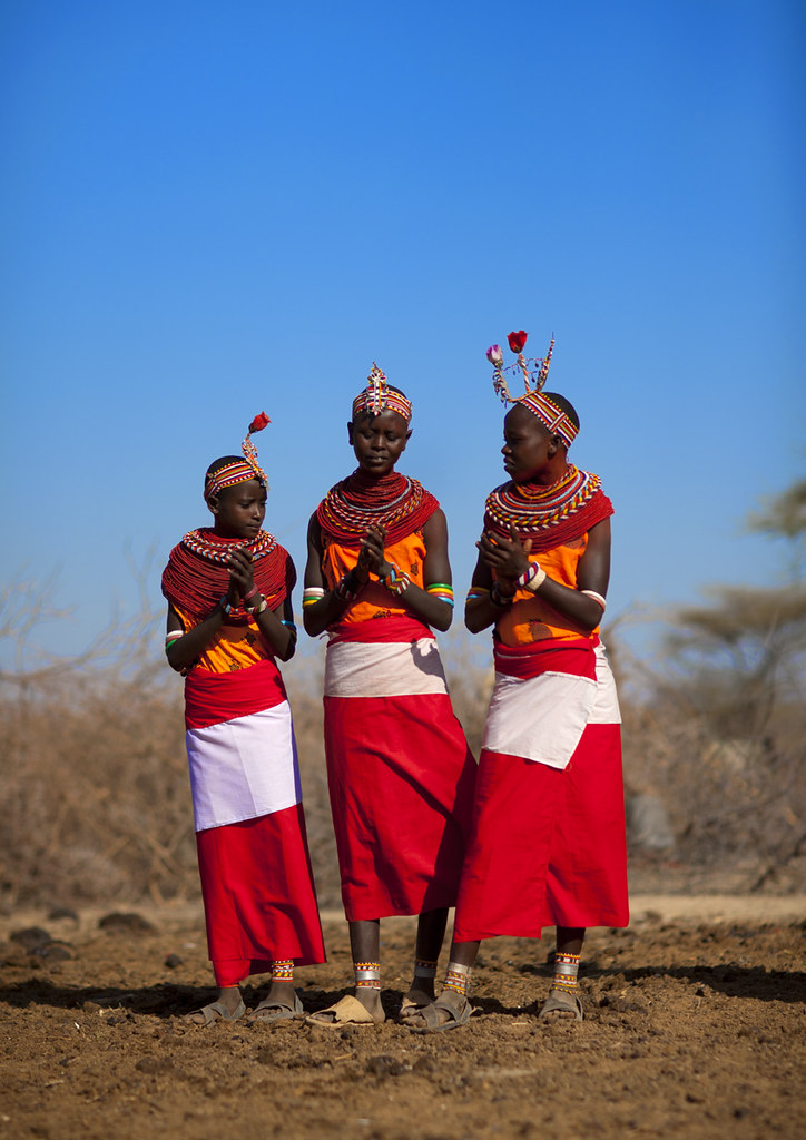Samburu girls ready for wedding - Kenya