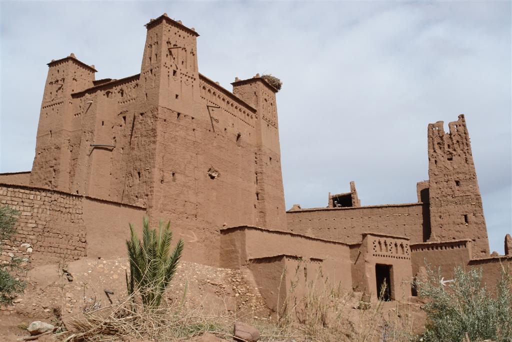Edificios principales de adobe