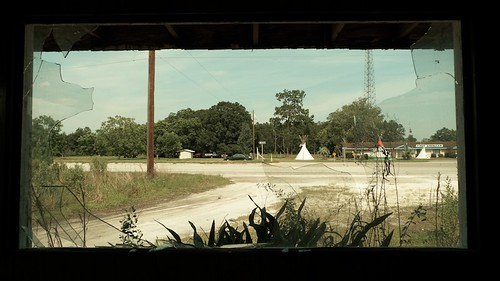 old abandoned america florida motel rundown underwood jdavidallen leicadlux4
