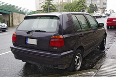 volkswagen golf variant(0.0), volkswagen polo(0.0), volkswagen golf(0.0), automobile(1.0), automotive exterior(1.0), family car(1.0), wheel(1.0), volkswagen(1.0), vehicle(1.0), volkswagen golf mk3(1.0), city car(1.0), compact car(1.0), bumper(1.0), land vehicle(1.0), vehicle registration plate(1.0), hatchback(1.0),