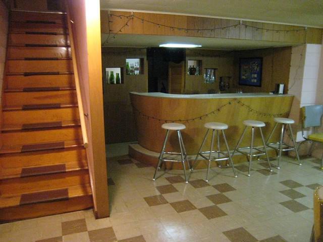 Basement Rec Area - With Built In Bar