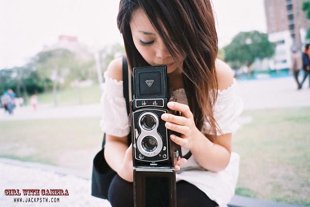 girl with camera: 海鷗4B