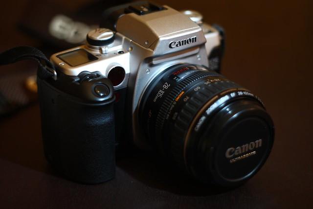 Photo:Canon EOS 50e By leorolim