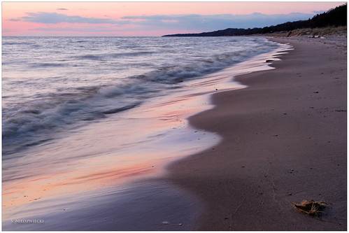 sunset beach water reflections sand waves patterns shoreline lakemichigan greatlakes muskegon whitelake northmuskegon meinertcountypark stacyniedzwiecki stacycossolini puremichigan