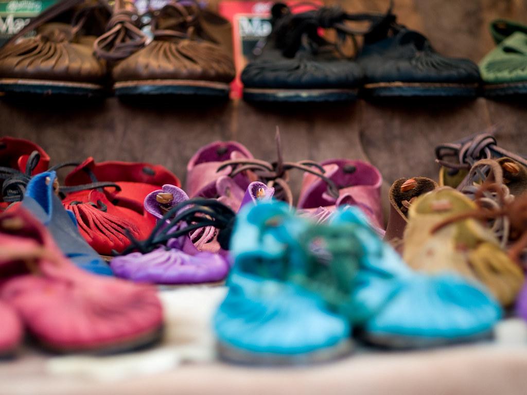 guardar zapatillas de verano sandalias