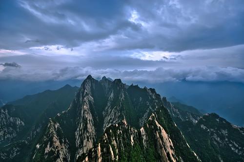 china mountain nikon asia xian hdr shaanxi lotusflower southpeak 華山 huashan photomatix d80 mthuashan nikond80 mounthua qinglingmountainrange