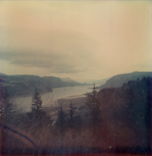 film oregon river landscape polaroid sx70 columbia gorge atz