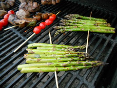 fish(0.0), produce(0.0), vegetable(1.0), grilling(1.0), asparagus(1.0), food(1.0), dish(1.0), cuisine(1.0),
