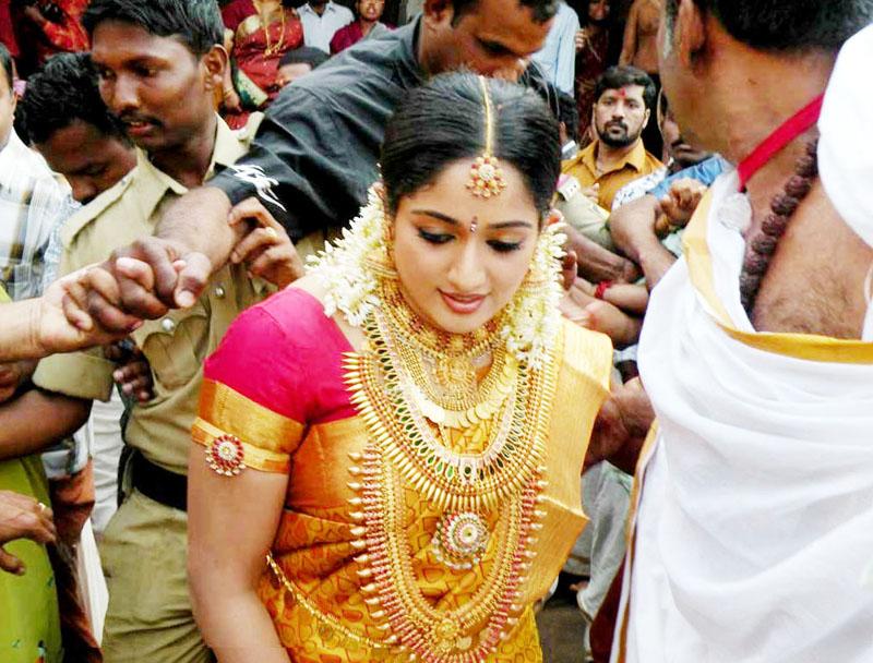 Actress Kavya Madhavan Nishal Chandran Wedding Marriage Reception