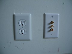 electronic device(0.0), lighting(0.0), ac power plugs and socket-outlets(1.0),