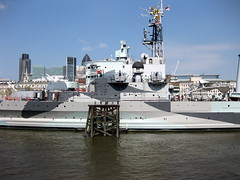 vehicle, ship, missile boat, navy, frigate, destroyer, watercraft, guided missile destroyer, battleship, light cruiser,