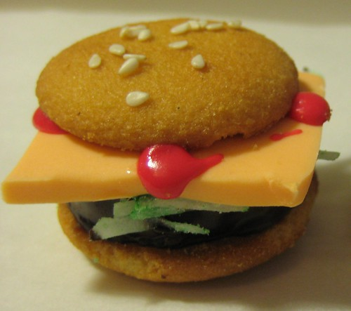 Burger Bite Cookies cheeseburger