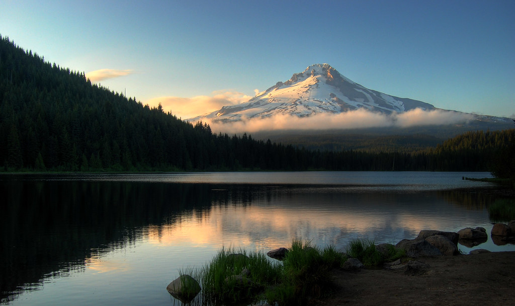 Trillium Lake and Mt. Hood