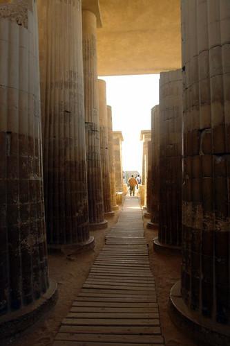 Interior de uno de los templos de Saqqara