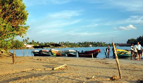 boats evening indianocean bluesky srilanka beruwela bentota supershot abigfave platinumphoto theunforgettablepictures goldstaraward earthasia