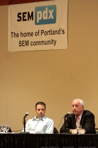 Doug Hay answering a question   SEM PR panel   sempdx searchfest 2009    MG 9514