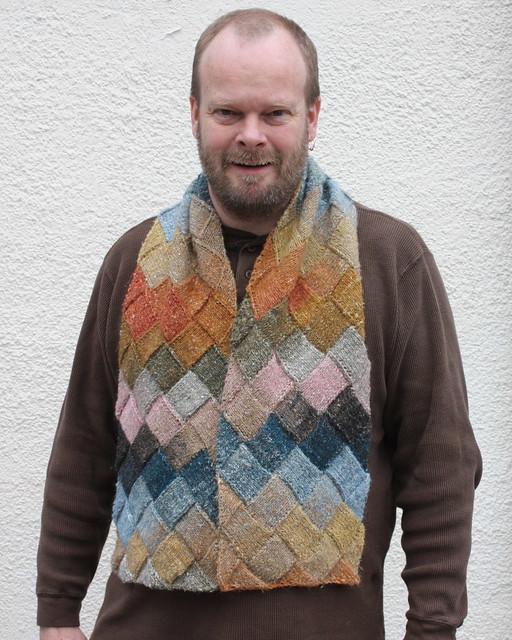 2009 04 26 Entrelac scarf