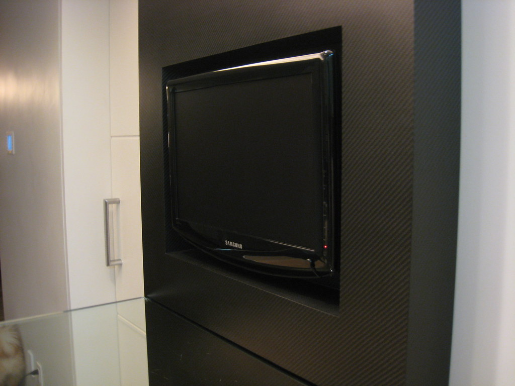 Carbon fiber tv base as written about on CarbonFiberGear.com