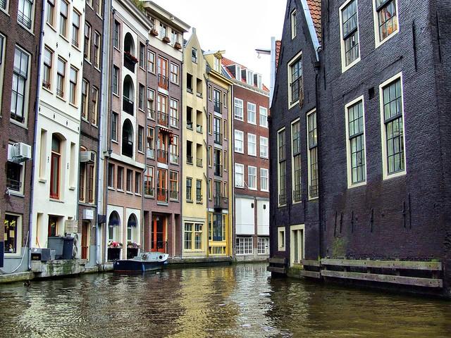 Amsterdam canal scene - Flickr CC dspender
