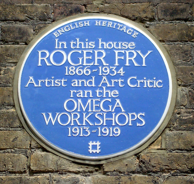 Roger Fry blue plaque - In this house Roger Fry 1866-1934 artist and art critic ran the Omega Workshops 1913-1919