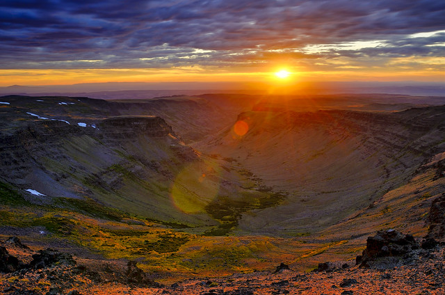 Ray-Bursting a Gorge-ous Sunset on Steens