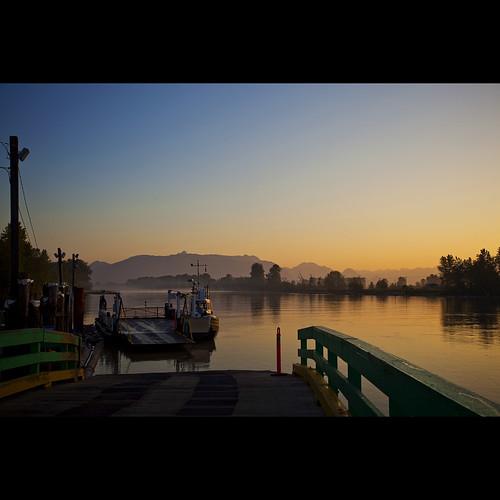 morning mist ferry sunrise landscape dawn britishcolumbia may surrey fraserriver fraservalley coastmountains lowermainland barnstonisland canonef1740mmf40lusm barnstonislandferry decluttr kvdl parsonschannel rally09