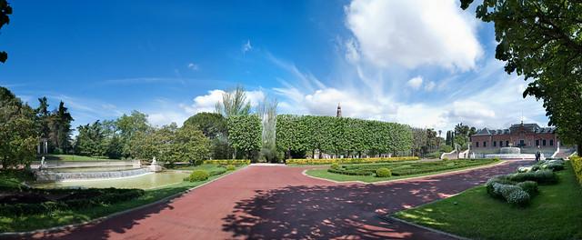Palauet alb niz i jardins joan maragall flickr photo for Jardines joan maragall
