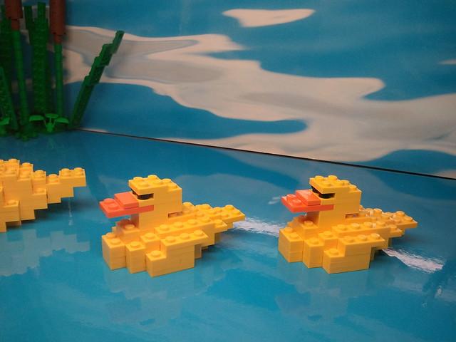 LEGO store diorama: Ducks