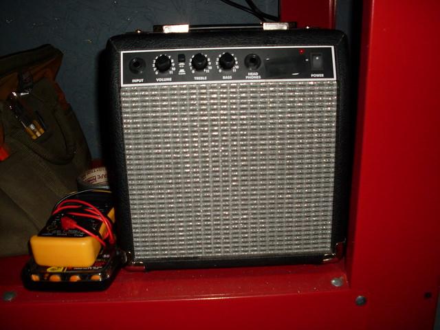 fender starcaster 15g an entirely horrendous sounding amp flickr photo sharing. Black Bedroom Furniture Sets. Home Design Ideas